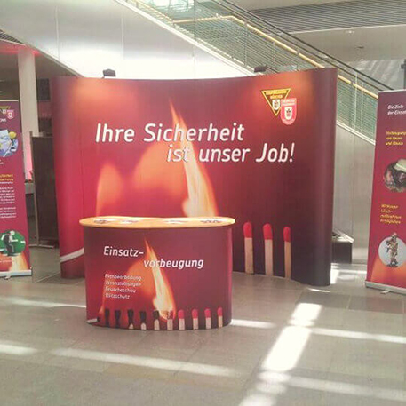 Branddirektion München | Messestand | Gestaltung & Druck